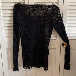 Super stretchy wide neck lace shirt